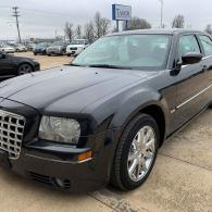 2008 Chrysler 300. 136,xxx miles! Leather and Heated seats!