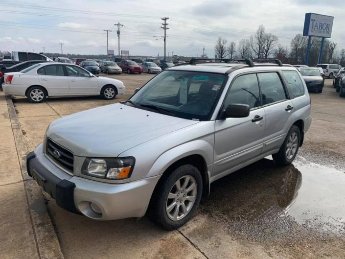 [Image: 2005 Subaru Forester! 150xxx miles, All wheel drive! Clean vehicle! ]